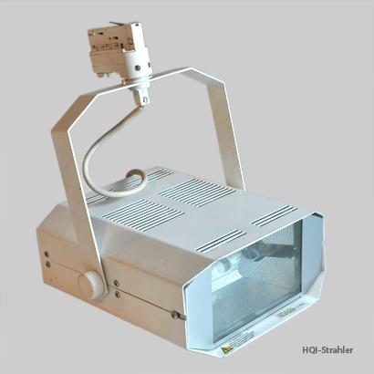 Technik, Material: Beleuchtung HQI-Strahler
